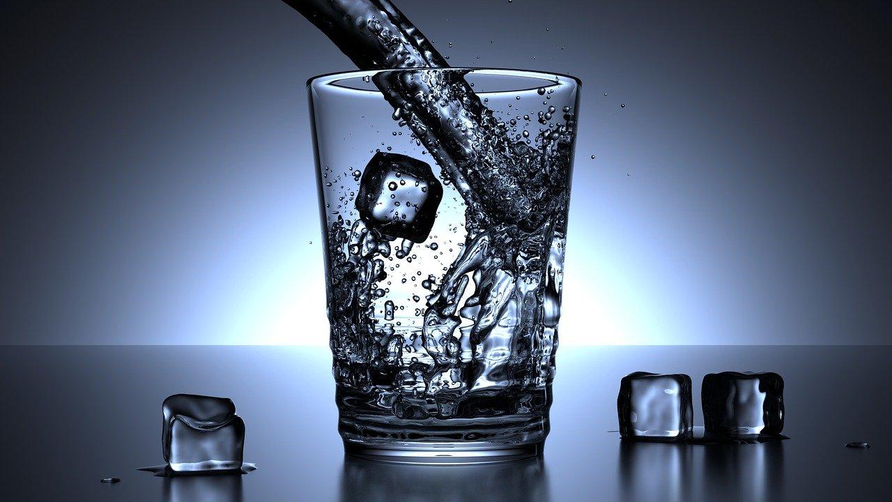 El vaso de agua.