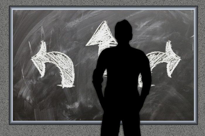 board, arrows, decision-2084777